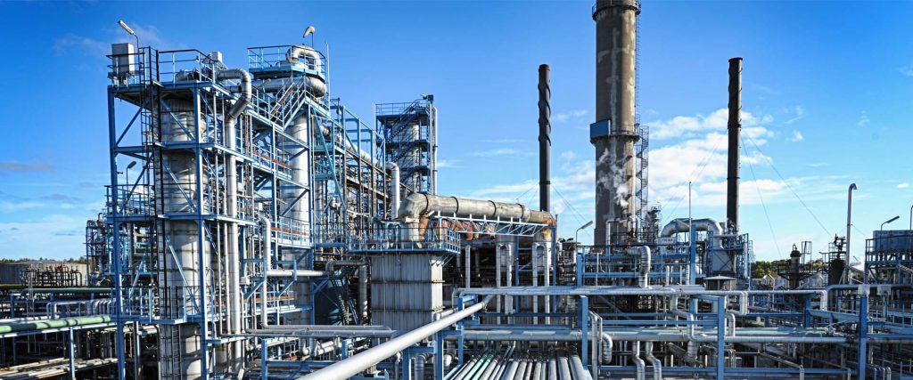 Oil refinery with waste heat recovery potential